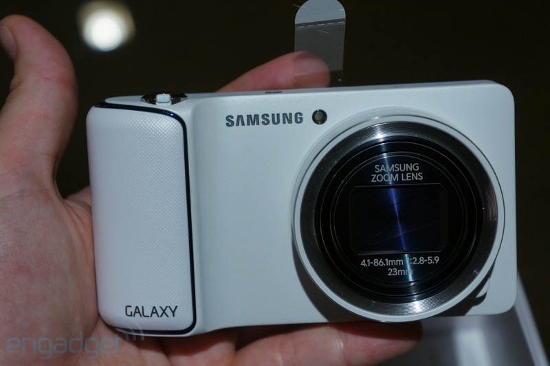 Samsung Galaxy Camera unboxing