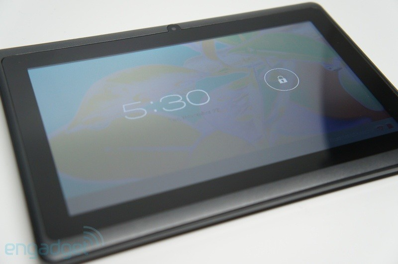Aaakash 2, il tablet da 16€ video hands on