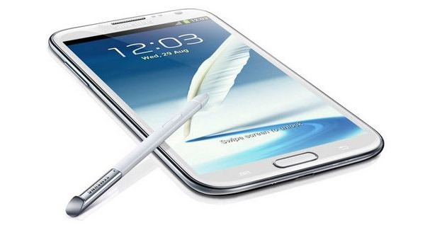 Galaxy Note 3, display da 5.7 pollici, 3GB di RAM e batteria da 3200 mAh
