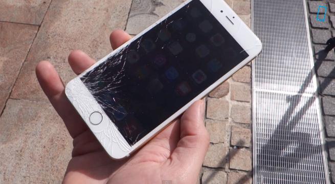 iPhone 6 e iPhone 6 Plus cosa può accadere se vi cade?