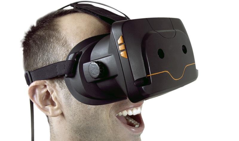 Visori VR per la realtà virtuale a prezzi scontati