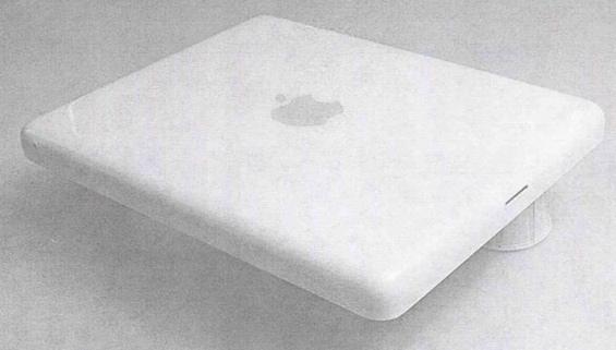 Scovate le foto del primo prototipo di iPad