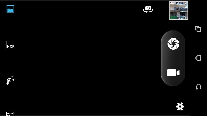 Screenshot della Fotocamera di un HTC Desire 310