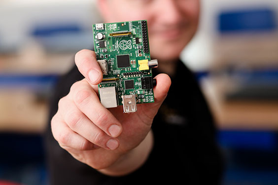 Raspberry Pi, diventa open source, ma non la SoC