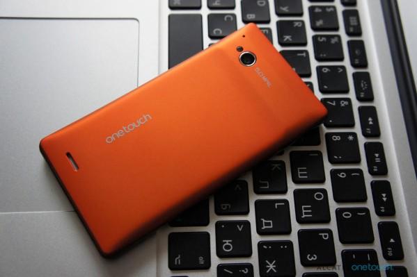 Alcatel pronta a lanciare uno smartphone con Windows Phone
