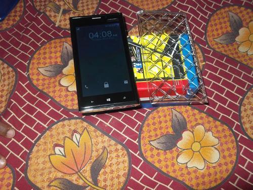 Lamia R9, il clone del Lumia 920 arriva dall'India