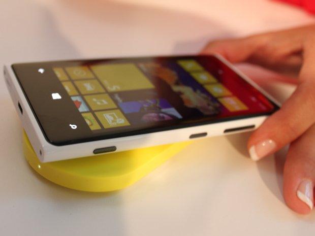 Nokia Lumia 920, cambiare la scocca per cambiare stile