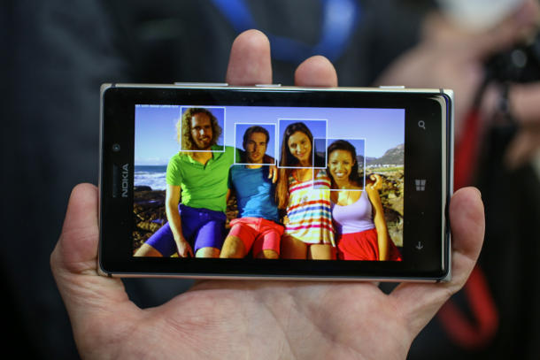 Nokia Lumia 925 da domani in vendita anche in Italia