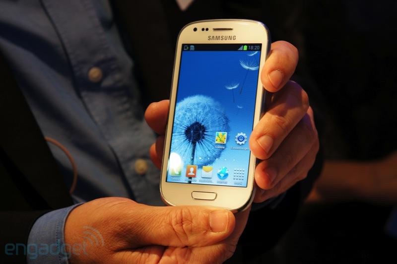 Galaxy S3 Mini, parte oggi la commercializzazione in Italia
